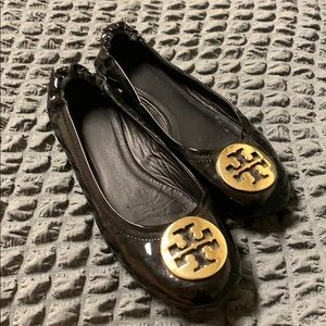 Tory Burch Glossy Black and Gold flats